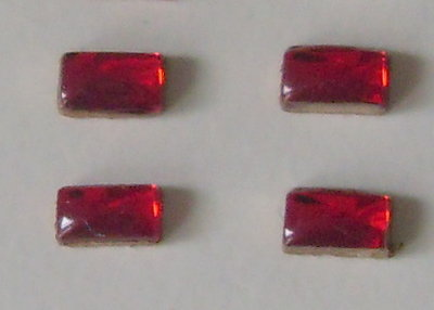 4x achterlicht glimmers ROOD ong. 2x4 mm  1:32