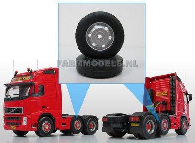 2x Vrachtwagen banden Ø 35.5 mm met kunststof velg 1:32