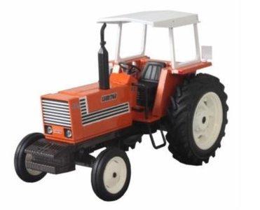 FIAT 880 2WD met Zonnedak 1:32   REP078