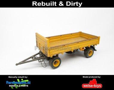 Rebuilt & Dirty 4-wieler Bakkenwagen ENKELLUCHT VOLVO GEEL/ GRIJS geschikt voor div. mobiele kranen & shovels 1:32