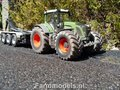 203.-Loonbedrijf-Houkes-met-nieuwe-Fendt-939-en-VMR-carrier-met-container-en-platte-bak-voor-transport-hooi-en-stro-pakken