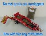 61010+++-Grimme-GT170-Aardappelrooier-nu-met-gratis-aardappels-Dealer-Doos-1:32