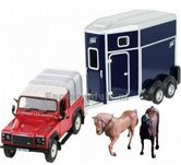 Landrover-met-Trailer-en-2-paarden-1:32-Britains-BR43239