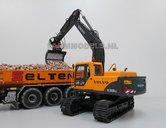 67118**-Volvo-EC180Blc-Rupskraan-met-draai-kantel-snelwissel-Farmmodels-model--1:32-Volvo-EC180B
