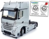 Mercedes-Benz-Actros-Gigaspace-4x2-Silver-met-Free-Gift-Mercedes-(Silver-Shield)-Decals-1:32-MM1911-03
