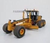 67125**-Volvo-Grader-Farmmodels-model--1:32-Volvo
