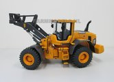 67110-Volvo-Shovel-L90G-handgebouwd-model-1:32-ook-als-L70G-en-L60G