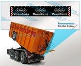 VMR-Veenhuis-Spatlapsticker-(3x-logo)-op-ZWART-MATT-folie-14.5-x-88-mm-breed-Pré-Cut-Decals-1:32-Farmmodels.nl