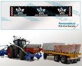 Jan-Veenhuis-Spatlapsticker-(3x-logo)-op-ZWART-MATT-folie-14.5-x-88-mm-breed-Pré-Cut-Decals-1:32-Farmmodels.nl