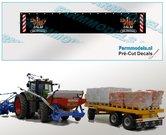 Jan-Veenhuis-Spatlapsticker-(2x-logo-in-kleur)-op-ZWART-MATT-folie-14.5-x-88-mm-breed-Pré-Cut-Decals-1:32-Farmmodels.nl