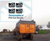DEZEURE-constructie-ZWART-logo-stickers-op-Transparant-15mm-x-24-mm-Pré-Cut-Decals-1:32-Farmmodels.nl