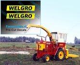 WELGRO-logo-oud-CURSIEF-5-mm-hoog-stickers-Pré-Cut-Decals-ZWART-op-GELE-folie-1:32-Farmmodels.nl