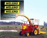 WELGRO-logo-oud-CURSIEF-4-mm-hoog-stickers-Pré-Cut-Decals-ZWART-op-GELE-folie-1:32-Farmmodels.nl