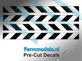 Verdrijvingsbord--Verkeer-stickers-Zwart--Transparant-ong.-5mm-x-60mm---Pré-Cut-Decals-1:32-Farmmodels.nl