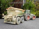 145.-Agri-Service-Selten-volop-bezig-met-strooien-van-Kalk-en-kunstmest-met-Amazone-strooiers