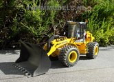 920.-New-Holland-shovel-schaal-1:32