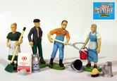81250-4-figuren-poppetjes-dorpsbewoners-+-toebehoren-1:32-(POP)-VERWACHT
