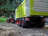 423.-Claas-Cargos-3-asser-op-Farmmodels-onderstel
