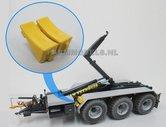 23358-Blokkeerwig-helder-geel-gespoten-set-van-2-stuks-kunststof-1:32