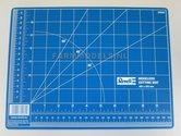 98003-Snijmat-onderlegger-305-x-228-mm-met-bemating-Revell-(-expexted)