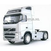 SILVER-GRAY-Volvo-FH12--2-Axle-WELLY-WEL32630G-1:32--LAST-ONES