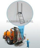22503-Trap-ook-geschikt-voor-montage-aan-verlichtingsbalk-(VMR-Veenhuis)-1:32-(O)