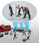 81240-Boeren-Grondwerkers-Monteur-Handgeschilderd-1:32-(63056)-beperkt-leverbaar