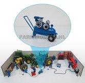 Compressor-op-wielen-blauw-handgebouwd-1:32-EXPECTED
