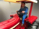 81095-Chauffeur-bestuurder-boer-Loonwerker-(Blauwe-overal)-Monteur-boer-loonwerker-Handgeschilderd-model-1:32-(POP)
