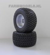 34250-Z+B-Zilvergrijs-gespoten-velgen-+-Michelin-Cargo-X-Bib-710-50-R30.5-banden-Ø-45.7-mm-(aluminium-gedraaide-velgen)-Expected
