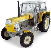 Ursus-1201-2WD--Geel-1:32--UH5284