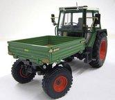 50047-Fendt-360-GT-Werktuigendrager-met-Bakje-1:32-Last-Ones