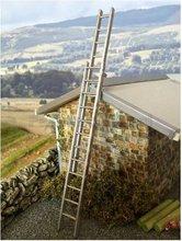 82914-Ladder-uitschuifbaar-aluminium-wit-metaal-1:32-(WM056)