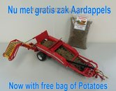 61010+++-Grimme-GT170-Aardappelrooier-nu-met-gratis-aardappels-Dealer-Doos-1:32-LAST-ONES