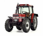 CASE-IH-633-ZWART-CHASSIS-met-S3-cabine-Case-International-1:32---SCH07794