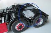 23564-Aluminium-Opberg-kist--gespoten-Traanplaat-afwerking-vrachtwagen-Resin-1:32