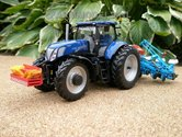 549.-New-Holland-T7.270-Blue-Power-met-Monosem-maïs-zaaicombinatie