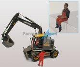 81003-81830-Machinist--zittende-werker-Chauffeur-met-veiligheid-overall-1:32-ADF32148-Verwacht