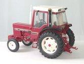 INT-5090-International-IH-845XL-2WD-Zwarte-spatborden-1:32-REP082-LAST-ONES