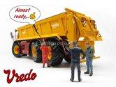 Vredo-Trac-VT7028-3-+-Tebbe-strooi-unit-+-Stof-&-Mestlook:-Handgebouwd-model-1:32--(MM1801VREDO-TEBBE)
