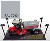 GRIJS-FENSTERGRAU-RAL-7040-Farmmodels-series-Spuitbus-Spraypaint-Farmmodels-series-=-Industrie-lak-400ml.-ook-voor-schaal-1:1-zeer-geschikt!!